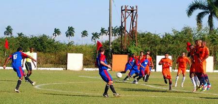 Penalti a favor de Mayabeque que termina en gol.