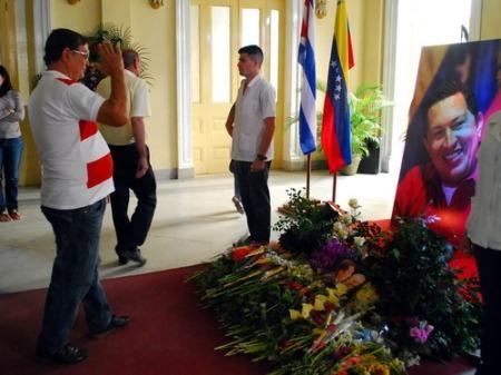 Tributo del pueblo de Santa Clara a Hugo Chávez Frías.